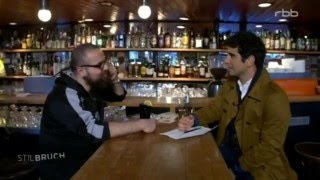 Stilbruch Firas alshater im Interview mit Jaafar Abdul Karim.