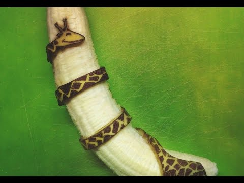 How This Dutch Artist Went Viral With Amazing Banana Art