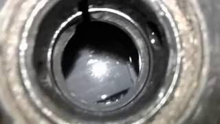 видео Почему кипит аккумулятор на машине