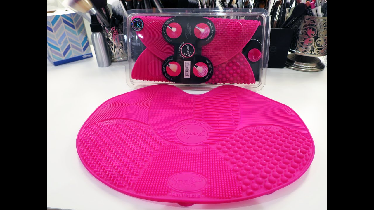 Review And Demo Sigma Spa Brush Cleaning Mat Youtube