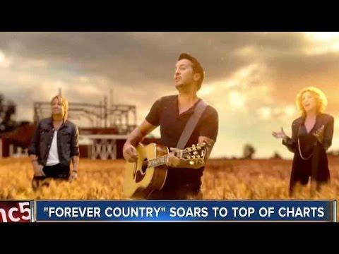 Nashville Shines In CMA