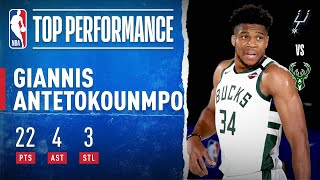 Giannis Goes For 22 PTS In Opening Scrimmage!