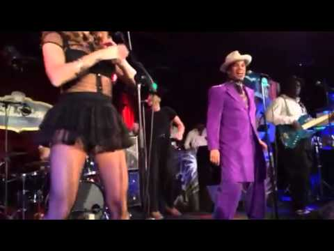 Kid Creole & The Coconuts - Caroline Was A Dropout - 3/25/15.