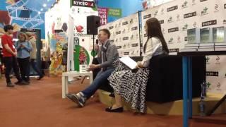 Фрагмент встречи с Гузель Яхиной. Спб Книжный Салон-2016
