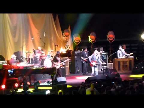 Tom Petty & The Heartbreakers - (I'm Not Your) Steppin' Stone (Paul Revere & The Raiders cover)