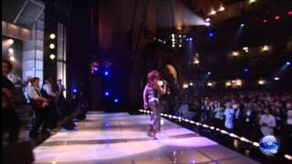 Turn the Beat Around - Gloria Estefan [show]
