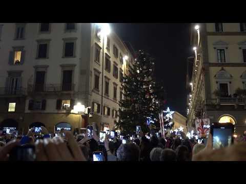 Firenze -  Accensione Dell'Albero Di Natale 2019 In Piazza Del Duomo