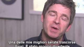 (sottot. ITA) Noel Gallagher su fan da mungere, sbronze, figli e Morrissey