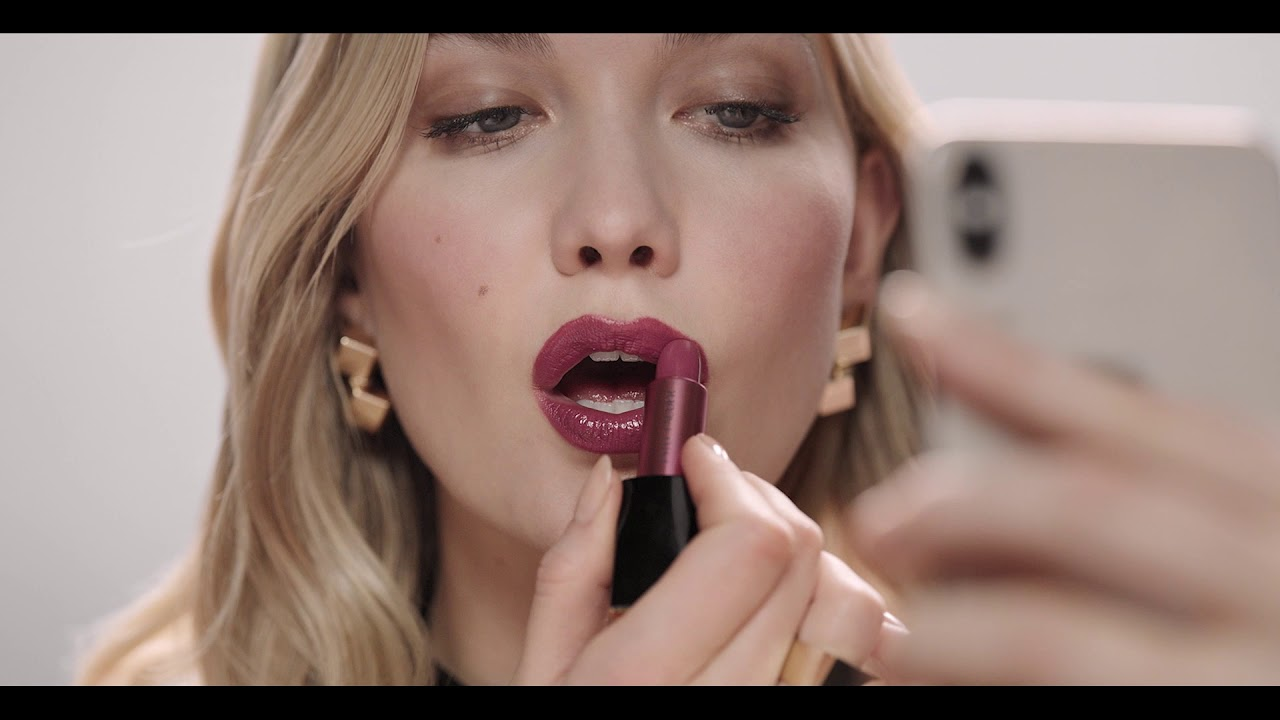 Estee Lauder Rebellious Rose Pure Color Envy Sculpting Lipstick Youtube