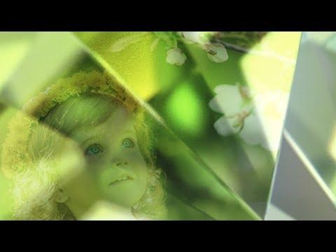 Swarovski Zirconia: Vibrant Spring Green - White