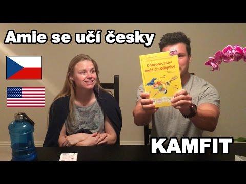 Malá Čarodějnice. Amie se učí Český Jazyk.
