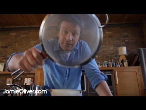 Jamie Oliver On Essential Kitchenware - 30-Minute Meals