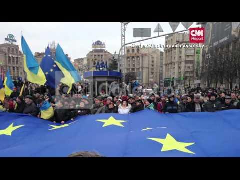 UKRAINE PROTESTS-HUGE CROWDS RALLY
