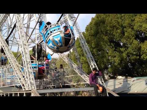 Fast Nepal Ferris Wheel