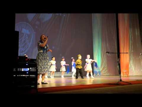 Трек Песни Великой Отечественной войны - Синий платочек в mp3 256kbps