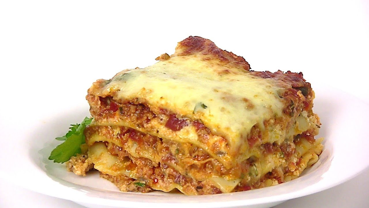 MEAT LASAGNA RECIPE- STEP BY STEP |Cooking With Carolyn