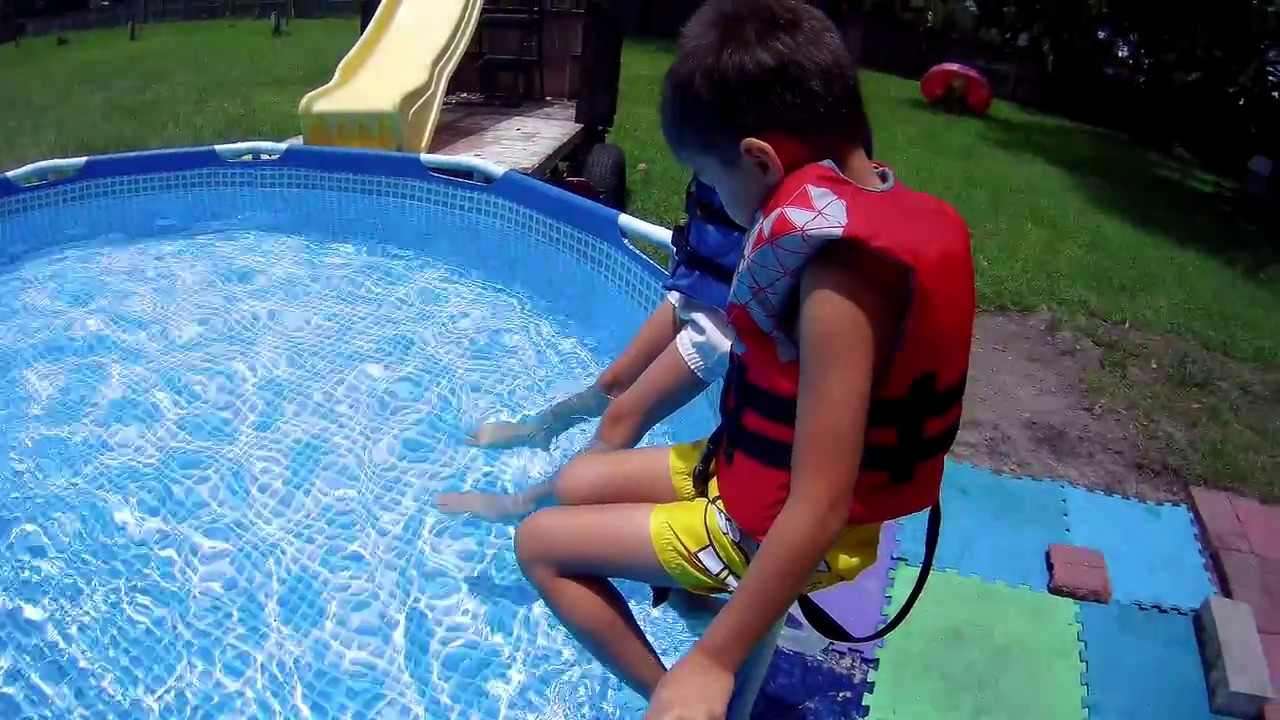 Our New Intex Swimming Pool Metal Frame 10x30 Youtube
