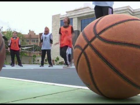 أكاديمية بغزة تدعم المواهب النسائية الشابة في كرة السلة  - 10:55-2019 / 4 / 17