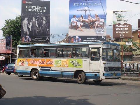 DAMRI Bandung Jalur 5 : Lw Panjang - Dipati Ukur (1988 Mercedes-Benz Bus O306-Serie In Indonesien)