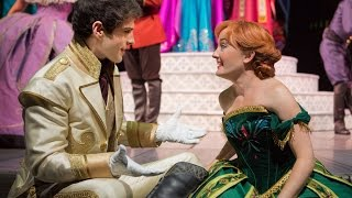 Frozen Song Love is an Open Door – Live Show - Disneyland California Resort (HD)