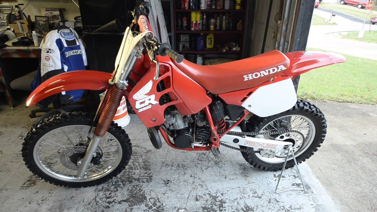 1988 honda cr 250 walk around youtube. Black Bedroom Furniture Sets. Home Design Ideas