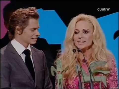 COLGANDO EN TUS MANOS  Premio Ondas a Mejor Canción  - Premios Ondas 2009 (Cuatro) 5/11/2009