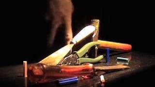 Красивое исполнение трюков на фингерборде