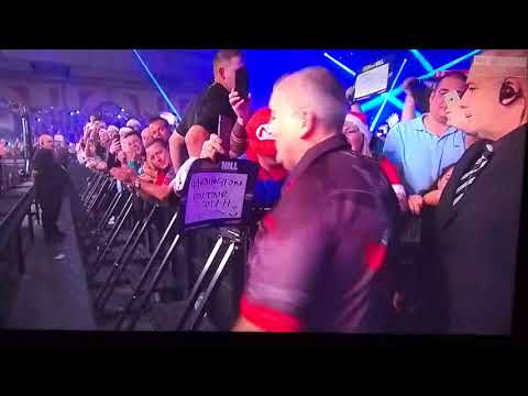 PHIL THE POWER TAYLOR SEMI-FINAL ENTRANCE  WALKING IN A TAYLOR WONDERLAND