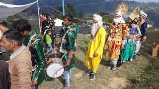 रामलीला दर्शन सुन्दरखाल श्री राम जी की शादी मे नृत्य करते ग्रामवासी