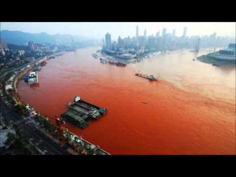 River mysteriously Turns Red