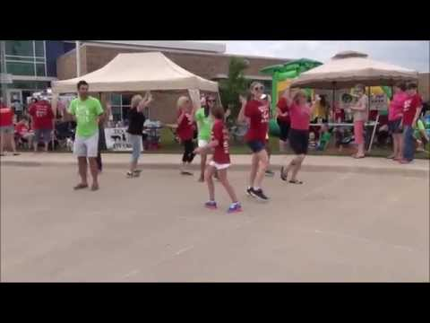 P.E.T.S. Clinic Flash Mob - Wichita Falls, TX - 6-13-15