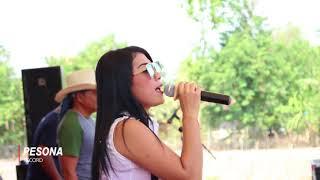 Artis Nyanyi Sambil Merokok Gerimis Melanda Hati New Kingstar
