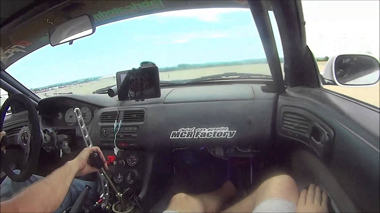 Drifting in an ECUMaster EMU powered LS1 S14 with dog box transmission