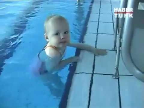 Yüzen Bebek!