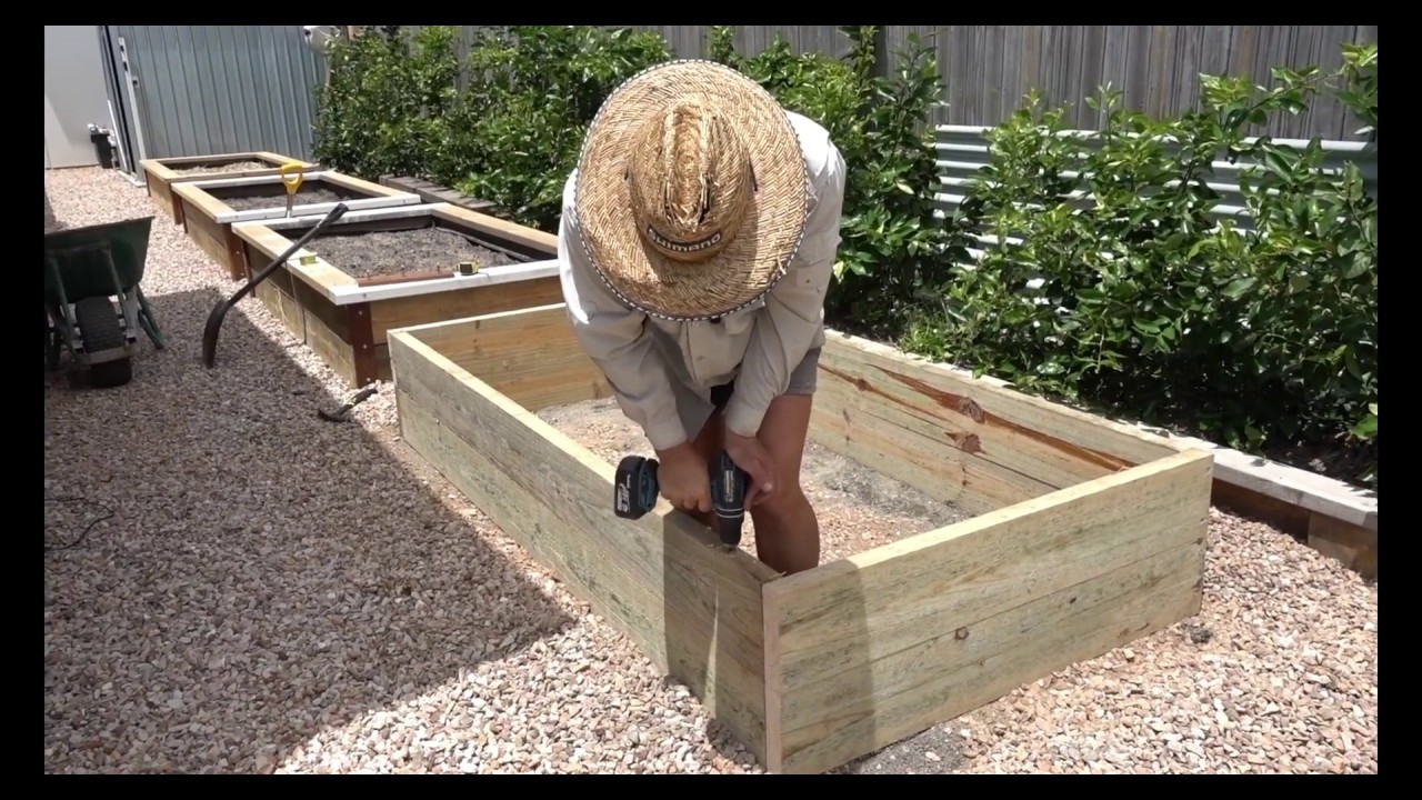 How to Build a Raised Garden Bed | Easy, Inexpensive and ...