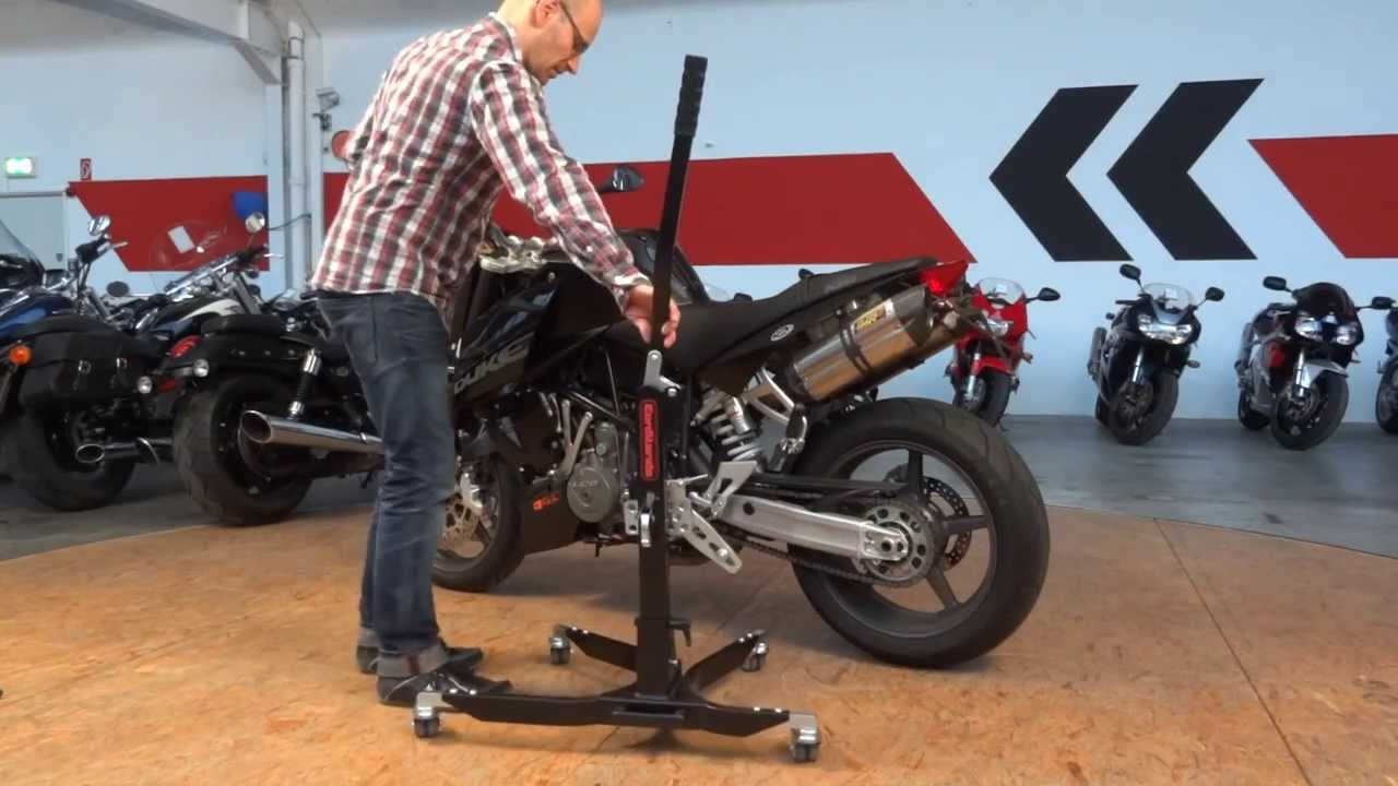 how to make a paddock stand