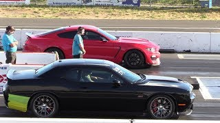 Shelby GT350 vs Challenger SRT 392 -drag race