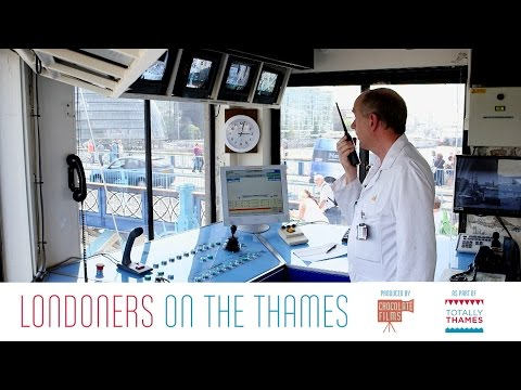 Glen Ellis, the Londoner who opens and closes Tower Bridge - Londoner #29