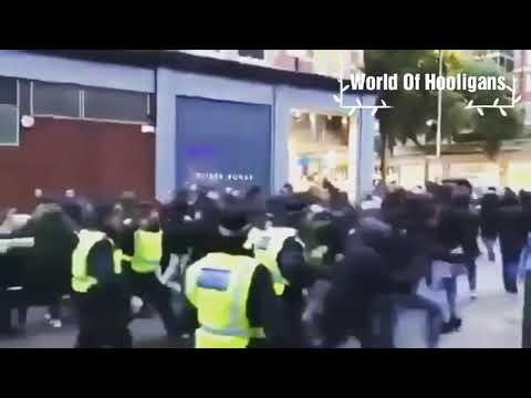 Roma fans clashed with police in London 18.10.2017