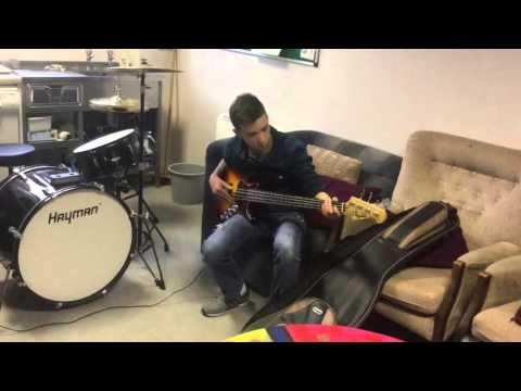 Ewan Youth Reach Sligo Bass Player