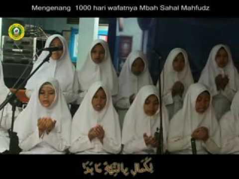 Mengenang Mbah Sahal Mahfudz - qif biddumu' new version2 (Paduan Suara Mathole')