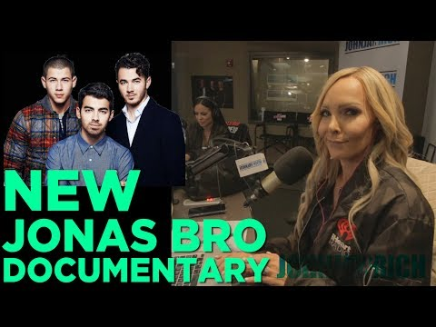 In-Studio Videos - The New Jonas Brothers Documentary is AWESOME!