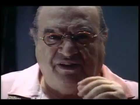 Antônio Abujamra declama Mário Quintana