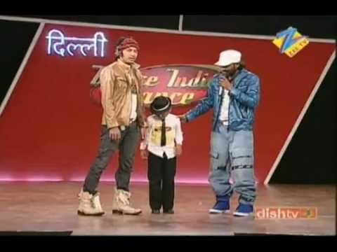 Tribute to Junior Michael Jackson 2010 - Awesome lil kid performing Dangerous.flv