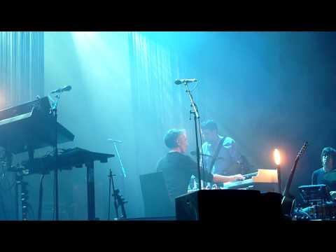HD - Yann Tiersen - La Crise (live) @ Gasometer, Vienna 2014 Austria mp3