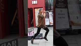 2018.4.25&걷고싶은거리&홍대&버스킹&일본댄스팀&할리스커피앞&MUT&by큰별