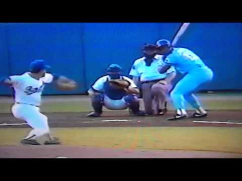 Bo Jackson Strikes Out Vs Nolan Ryan!