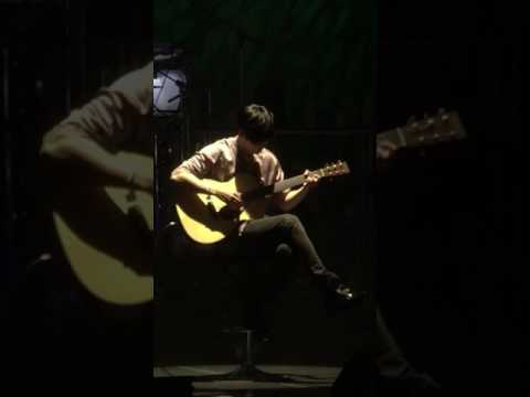 20170726 Kyoto - KHJ plays wind song on guitar