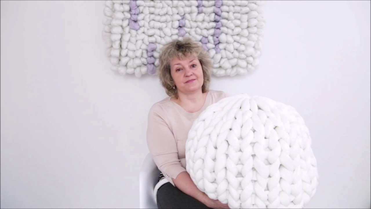 How To Hand Knit A Chunky Pouf Ottoman