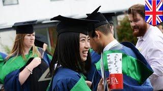 消えゆく伝統 卒業式で「学士帽(モルタルボード)投げ」が禁止される
